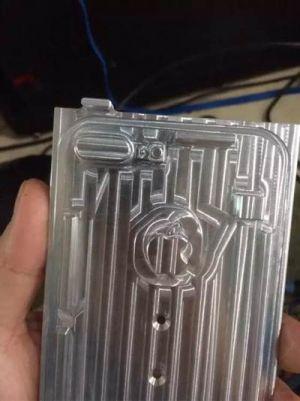 아이폰7 플러스 금형