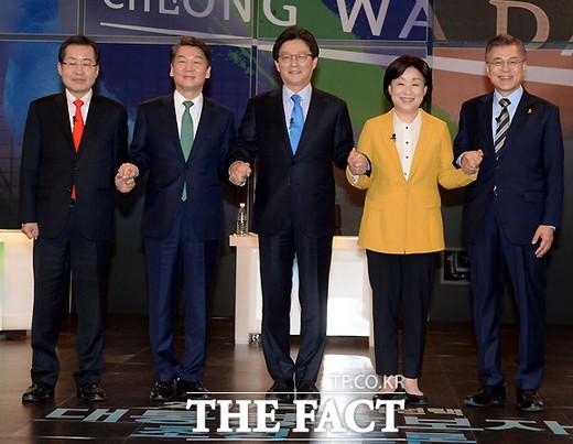 안철수·문재인·홍준표, 대선 후보 등록…각자 포부 밝혀