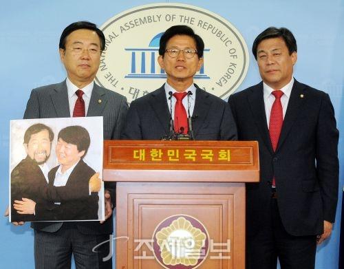 [포토]기자회견 하는 김문수 서울시장 후보