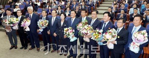 [포토] 더불어민주당 국회의원 당선자