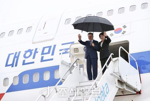 문재인 대통령이 G20 정상회의 참석 및 체코, 뉴질랜드 방문을 위해 27일 출국한다. (사진=청와대)