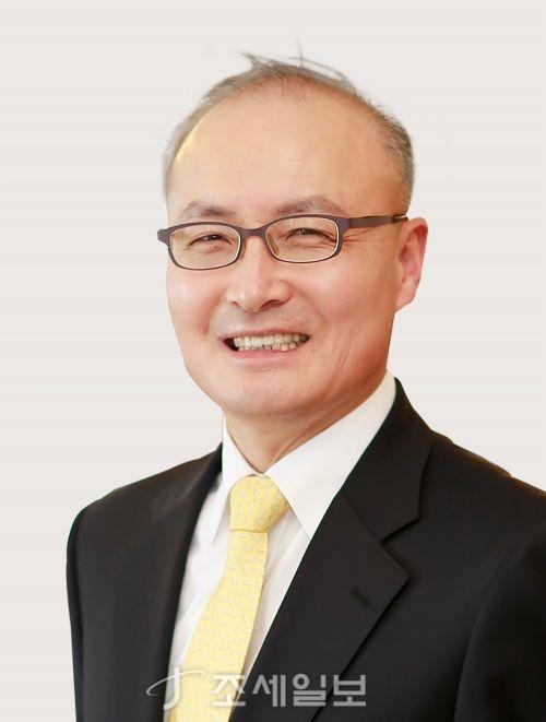 법무법인 세종의 새 경영전담 대표로 김두식 변호사가 취임했다.