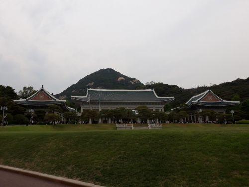 청와대가 4일 NSC 상임위원회를 열고 일본 수출규제에 대해 전면 반박하며 대응조치를 취할 뜻을 밝혔다 (자료사진)