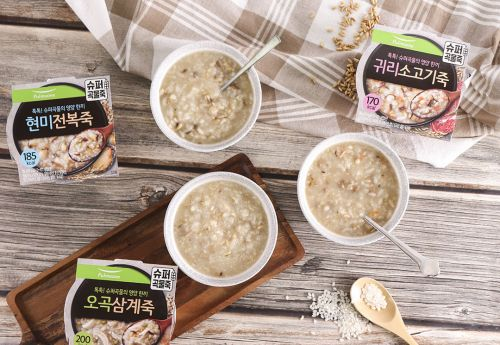 풀무원,     슈퍼 곡물의 영양과 맛 '슈퍼곡물죽' 3종 출시