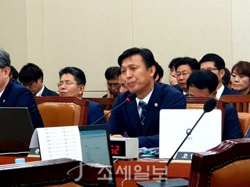 """관세청장 """"'리얼돌' 통관 금지정책, 유지할 것"""""""