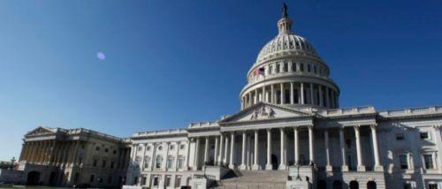 """미국 의회가 22일(현지시간) 한국의 한일 군사정보보호협정(지소미아) 종료 연기 결정에 대해 """"현명한 결정""""이라고 환영했다. 사진은 미 의회 전경(자료사진)"""