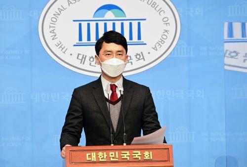 [포토] 성폭행 의혹 부인하는 국민의 힘 탈당한 김병욱 의원